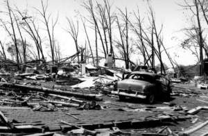 Worcester_Tornado_1953_Photo_4