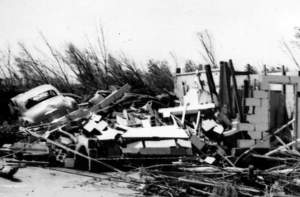 Worcester_Tornado_1953_Photo_9